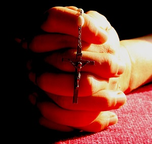 Praying Hands With Rosary_300w